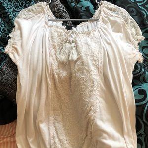 White peasant shirt w/ lace & elastic at bottom